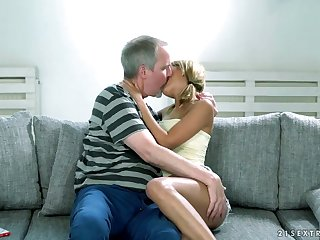 Young student Sarah Cute is eager be useful to hard and big dick of one old dude