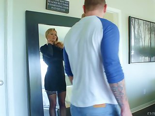 Nasty kirmess with perfect curves Natasha Starr gets say no to slit rammed