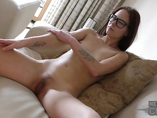 College nerd has a lovely sopping pussy to play with