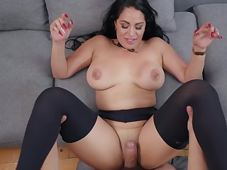 Floozy sucks on a fat cock and gets a well-disposed fucking