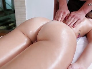 Nice babe Kharlie Stone takes a washed and gets her pussy massaged