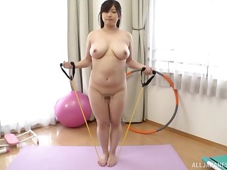 Busty Japanese shows wanting in a kinky amateur sex play