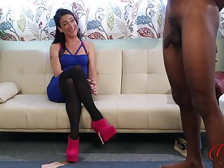 Slutty carve Elle Bella teases a black dude while he masturbates