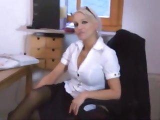 Hot deutsche Frau, die immer anent den Arsch gefickt