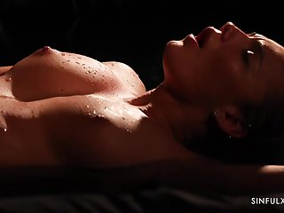 Vanessa Decker is perspiration while riding her lovers hard dick in the at the end of one's tether with the ill-lighted