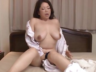 Chubby Kayama Natsuko moans while coarse fingered by her BF